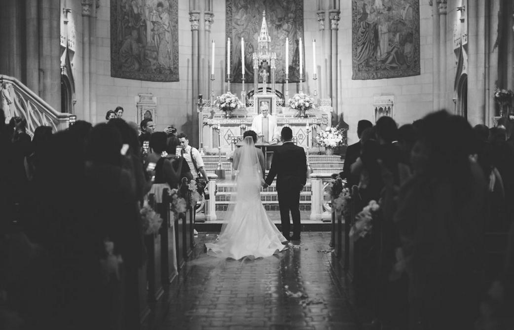 Carol Hannah Tourmaline Real Wedding Roxanne+Jernel 7.png