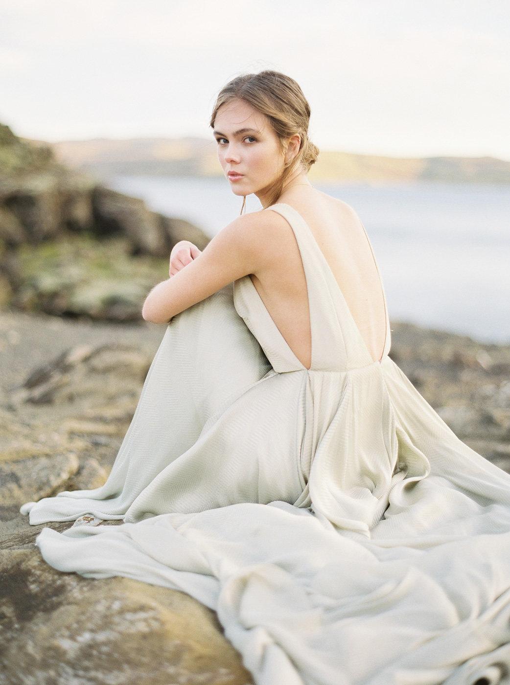 Carol Hannah Bridal Azurite Gown NguyenTakeba_Iceland NguyenTakeba_IcelandBridalPortraits-1044.jpg