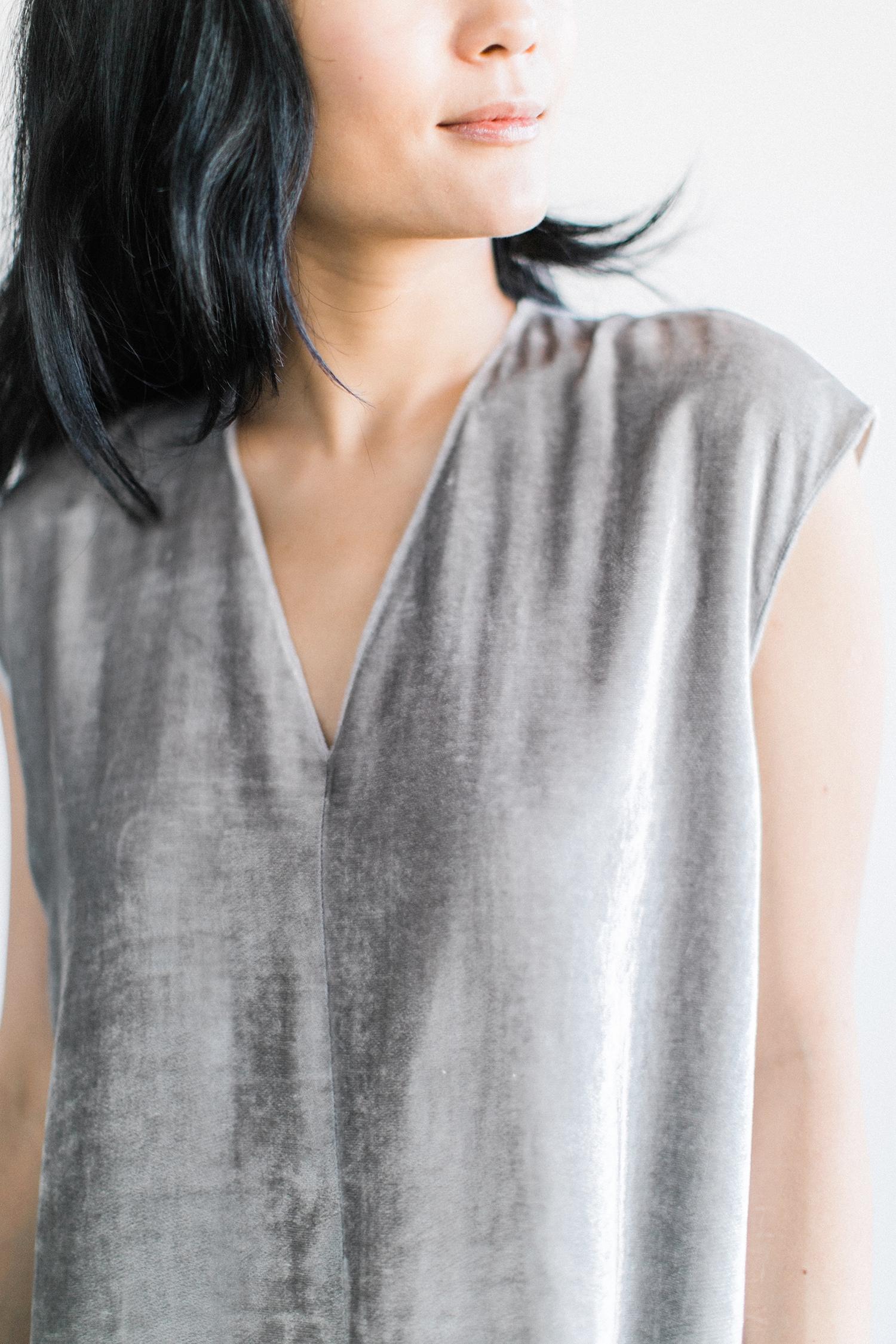 bowery-velvet-dress-silver-5.jpg