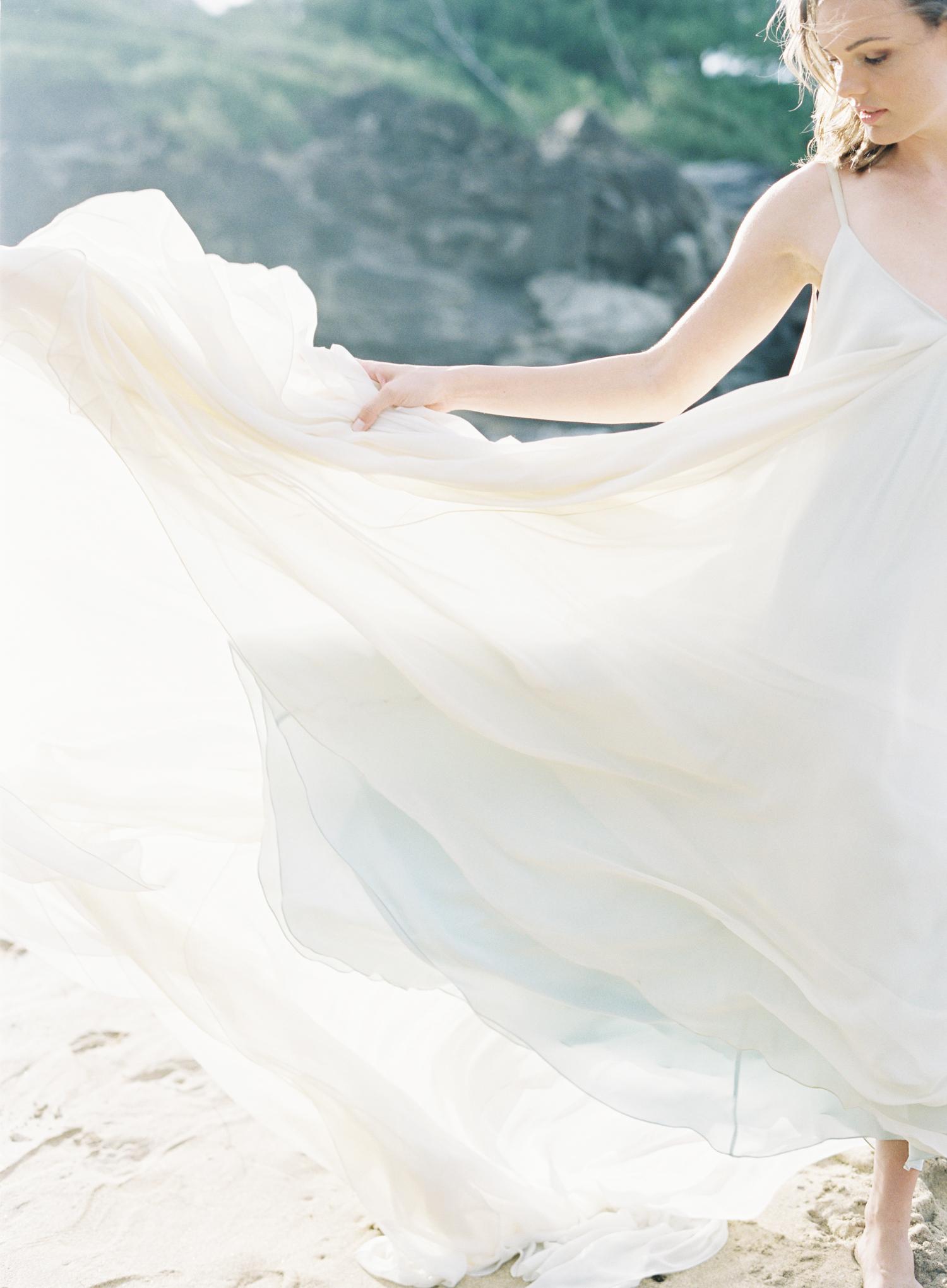 Carol Hannah Bridal Celestine Gown CLYBYMATTHEW-R1-016.jpg