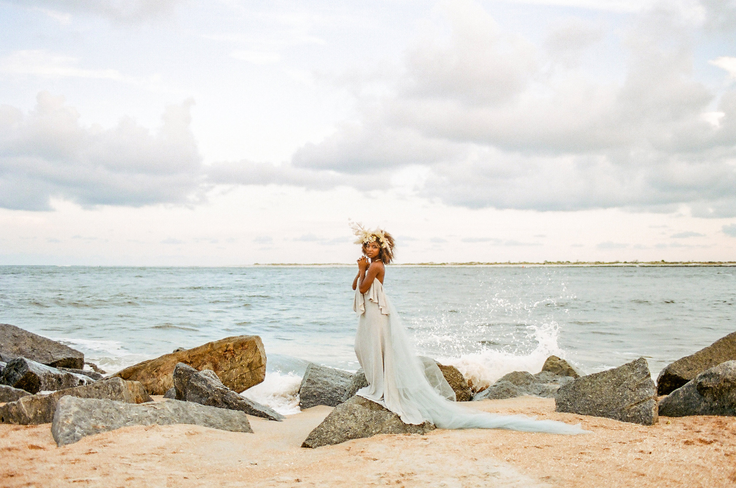 Blue wedding gown beach wedding nonconventional bride018.jpg