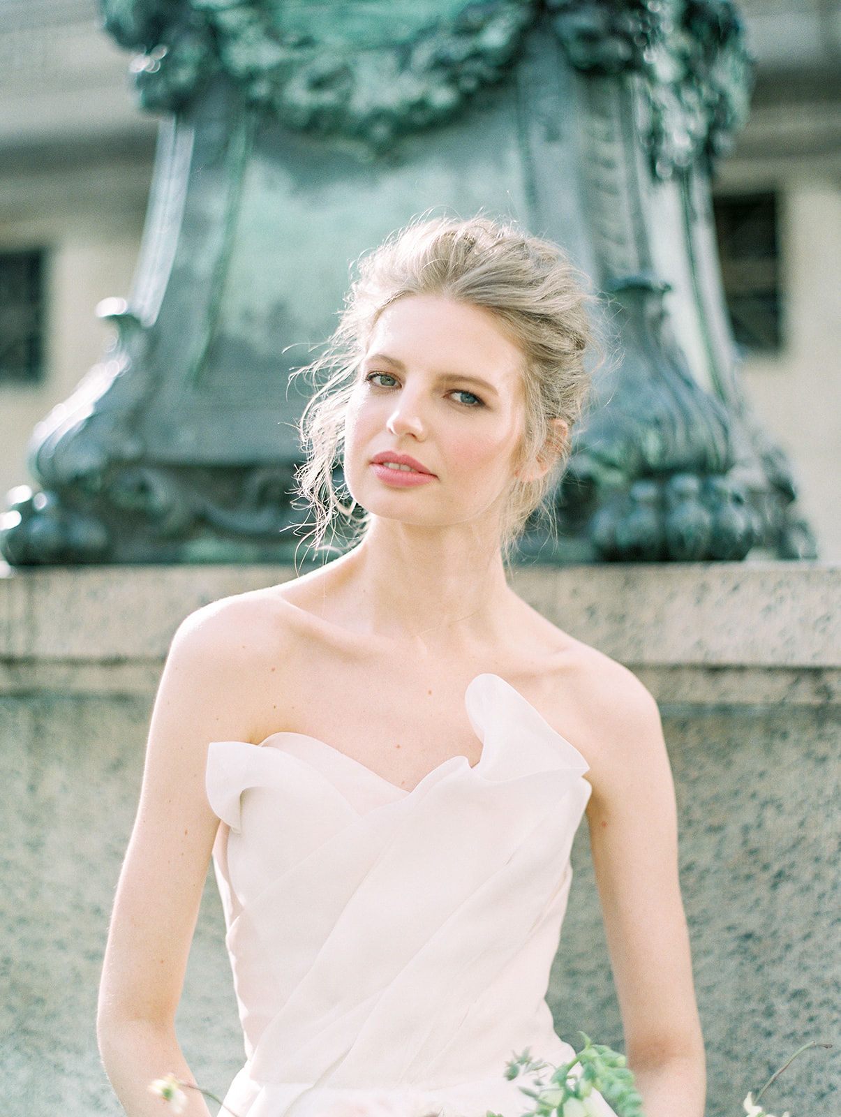 alla prima draped linen wedding gown at new york public library14.jpg