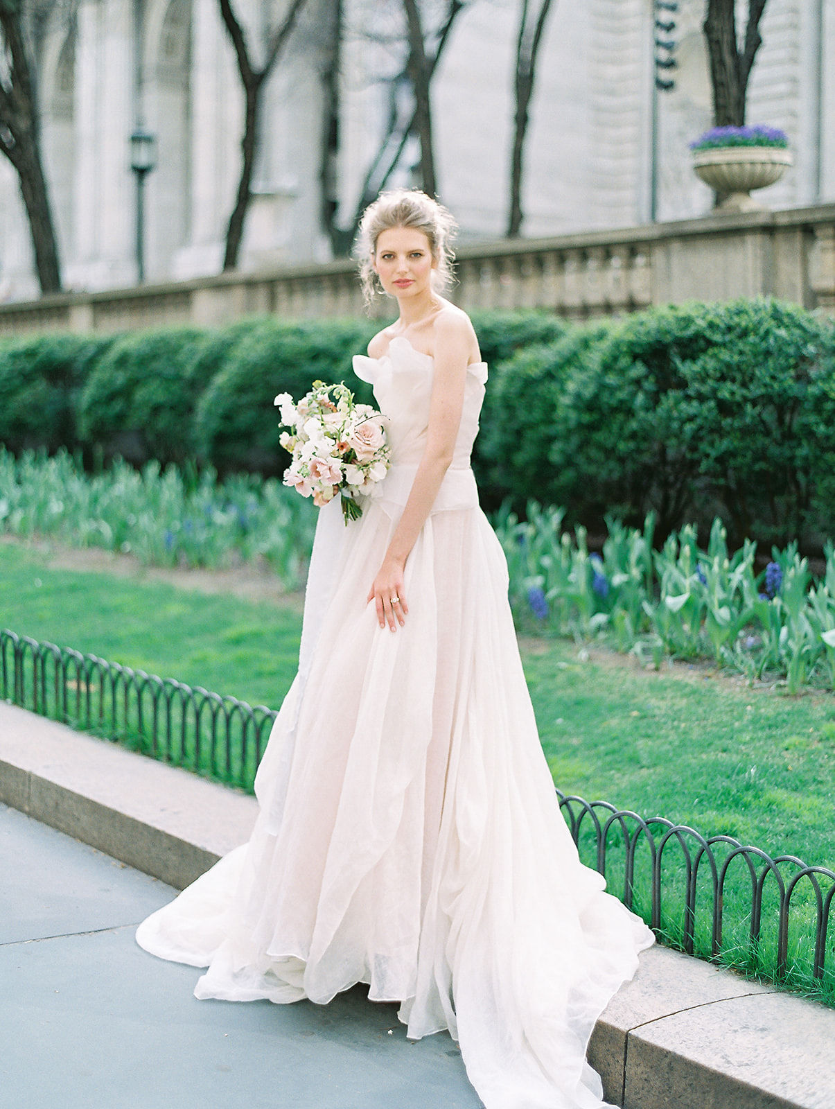 alla prima draped linen wedding gown at new york public library16.jpg