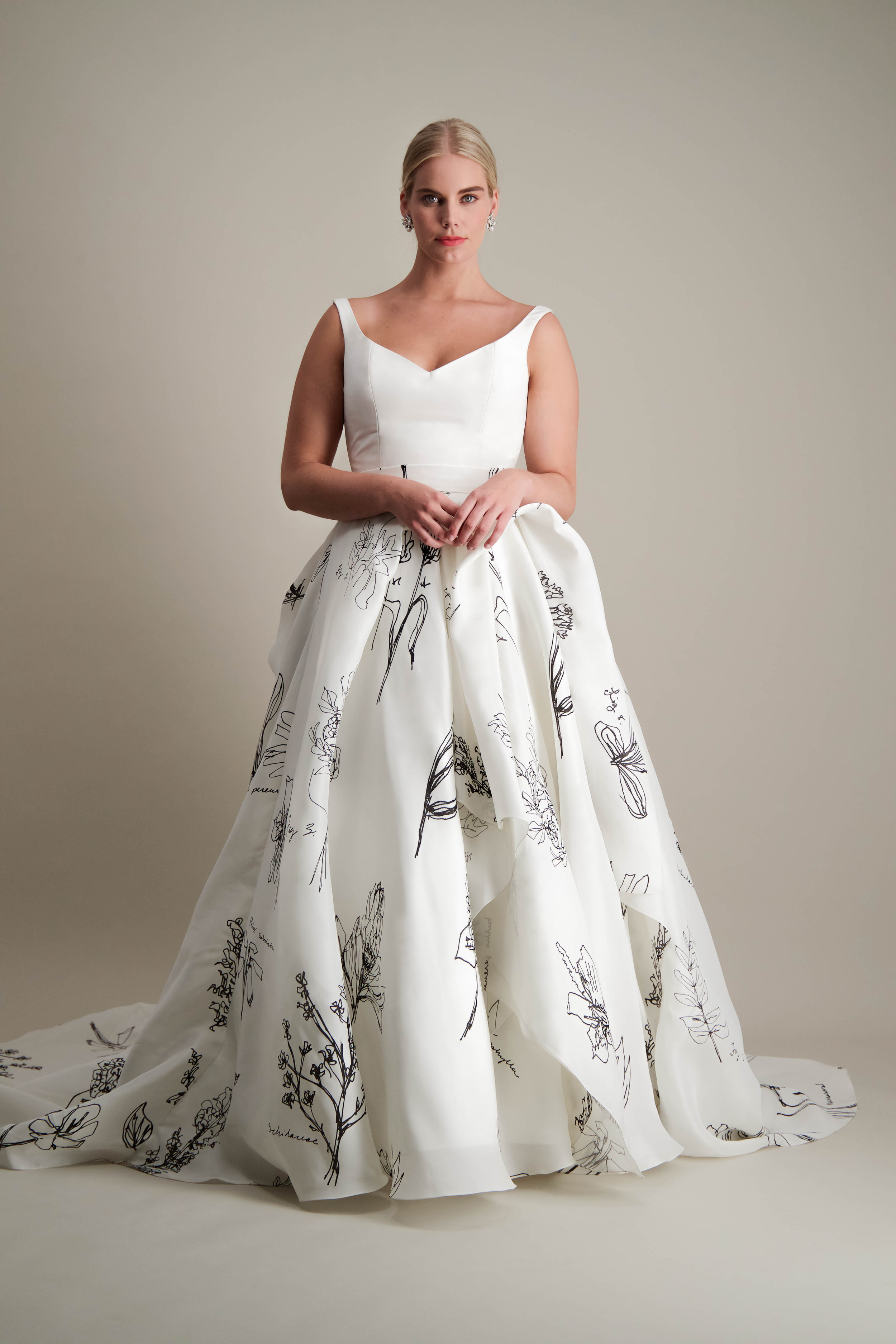 anthorium-skirt-ball-gown-printed-black-and-white-gown-1.jpg
