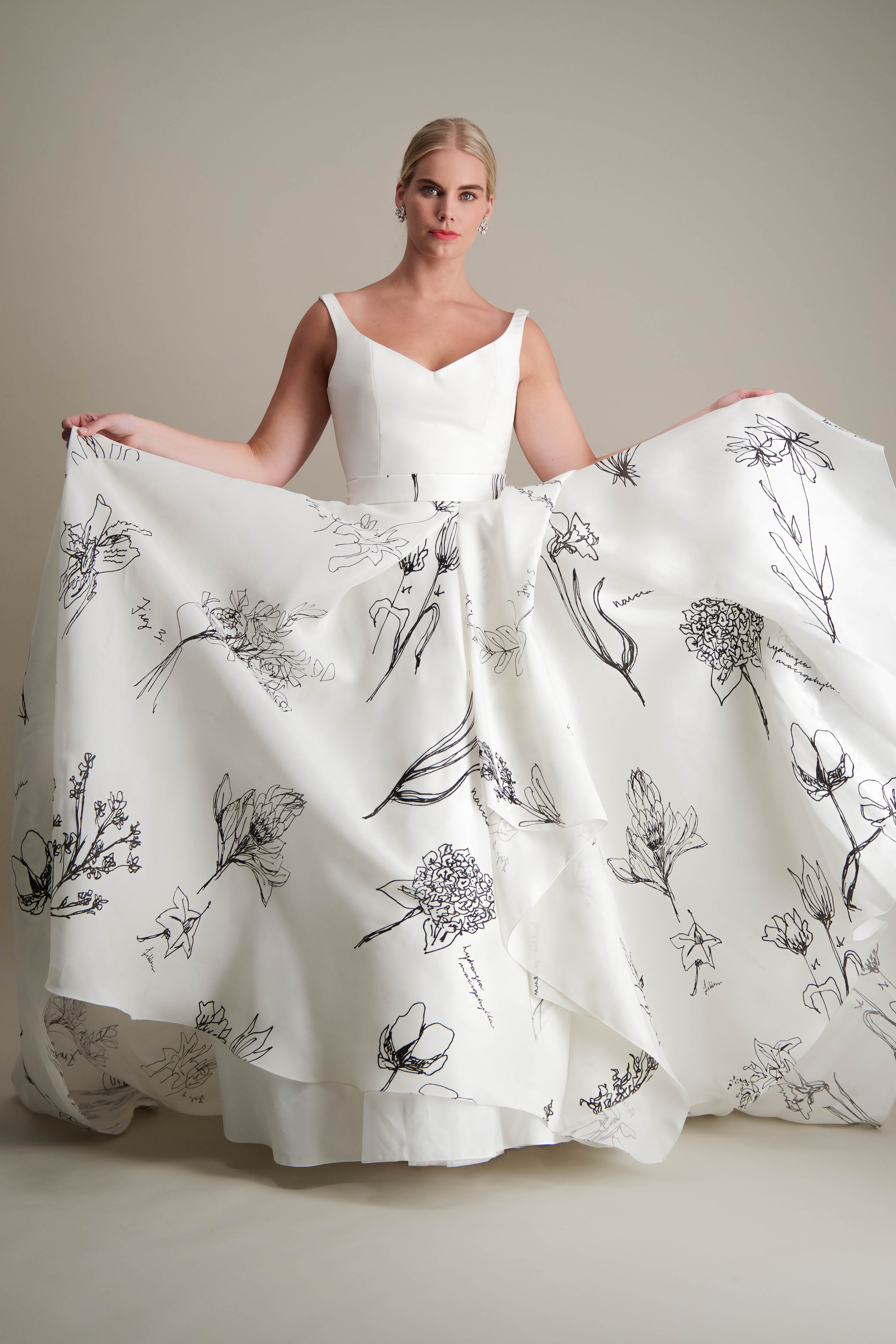 anthorium-skirt-ball-gown-printed-black-and-white-gown-3.jpg