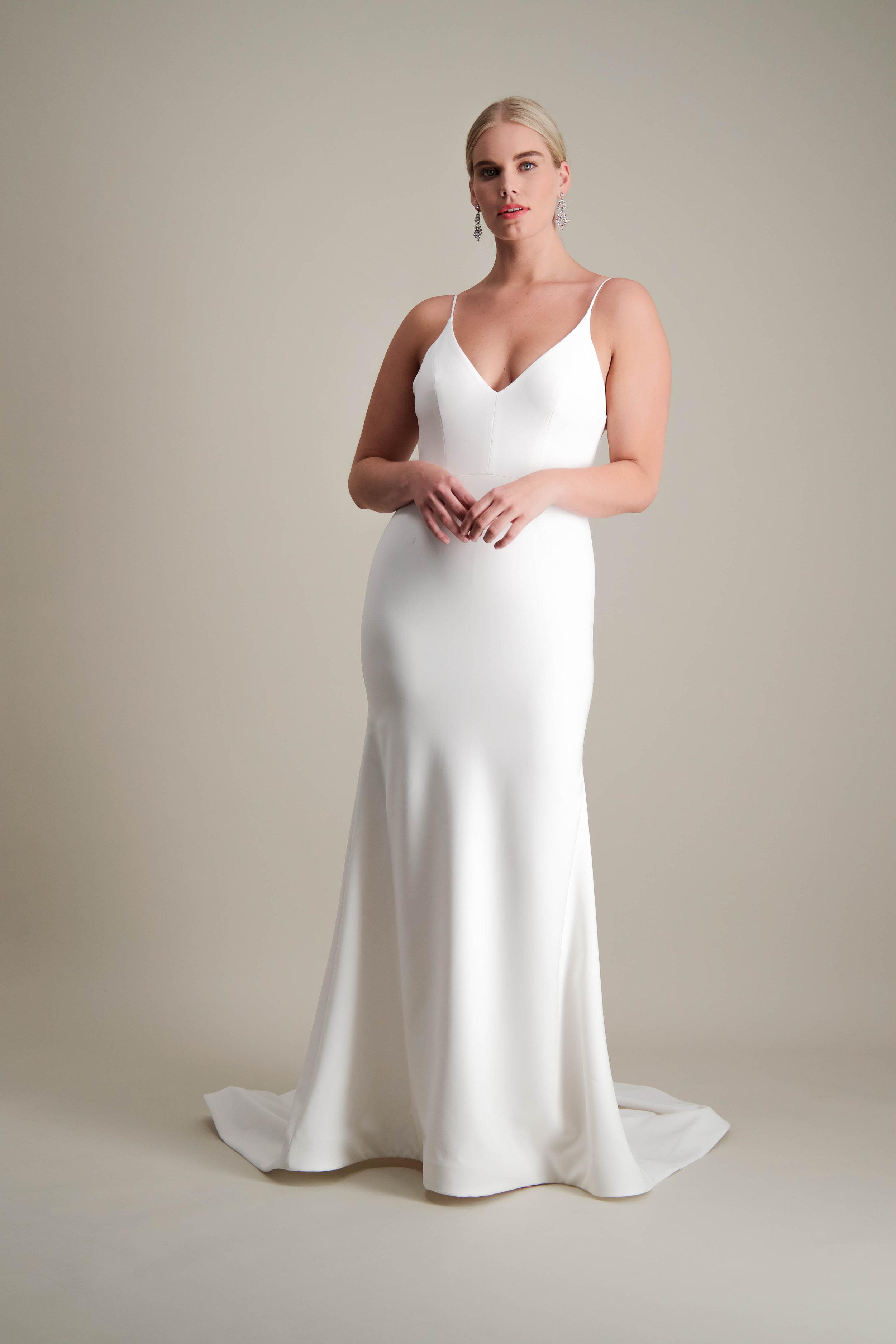 Islet gown fitted modern sleek wedding dress 1.jpg