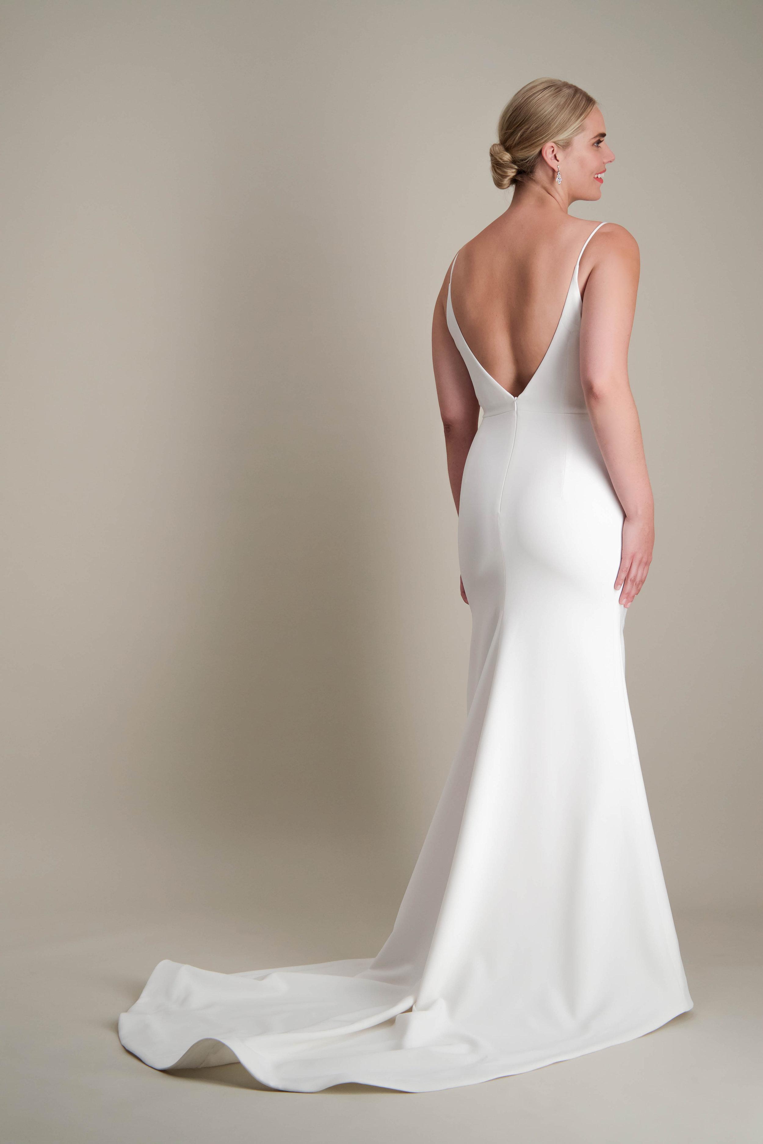 Islet gown fitted modern sleek wedding dress 5.jpg