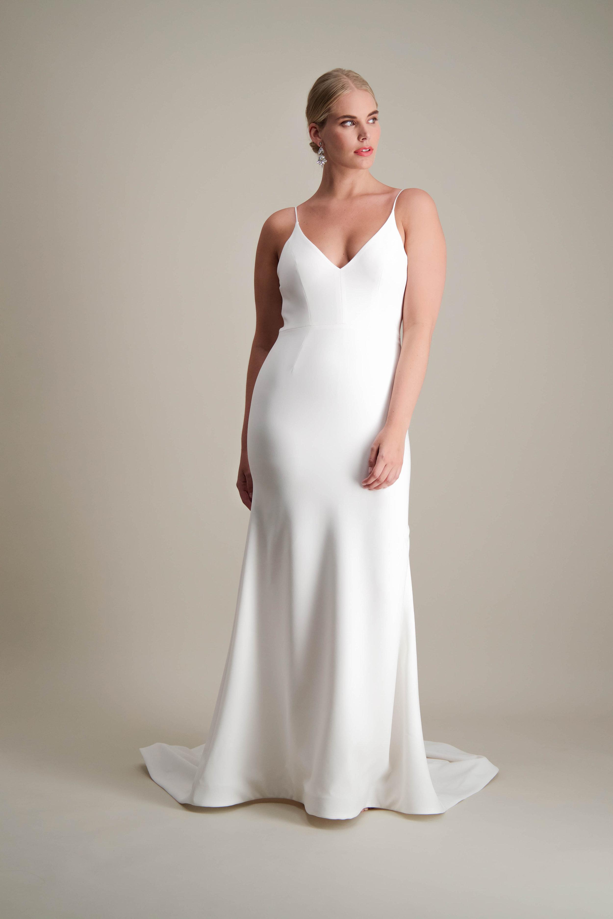 Islet gown fitted modern sleek wedding dress 2.jpg