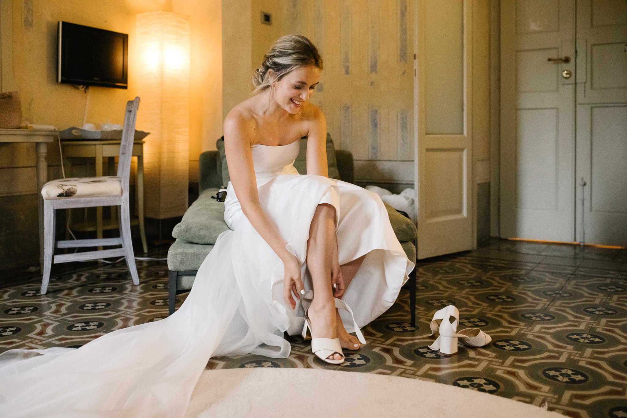 Xyris 2 - fited boned romantic strapless wedding dress.jpg
