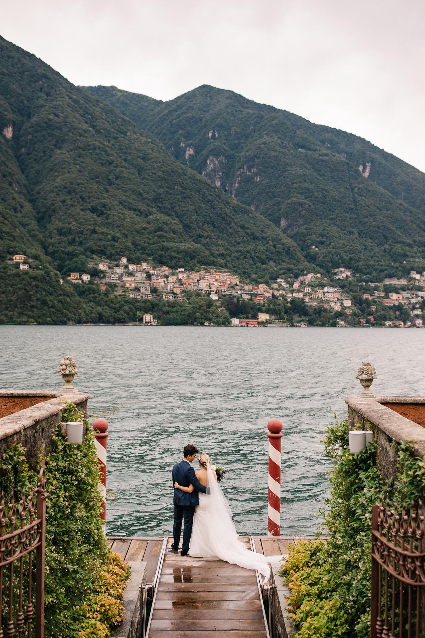 Xyris 25 - fited boned romantic strapless wedding dress.jpg