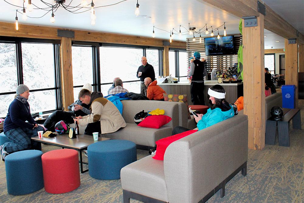 lounge B_1000.jpg