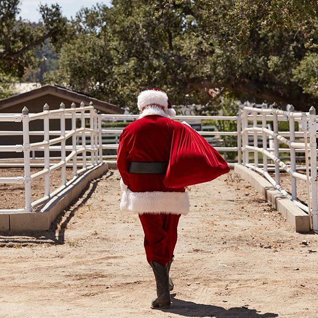 Merry Christmas! #santa by @mmfoto99