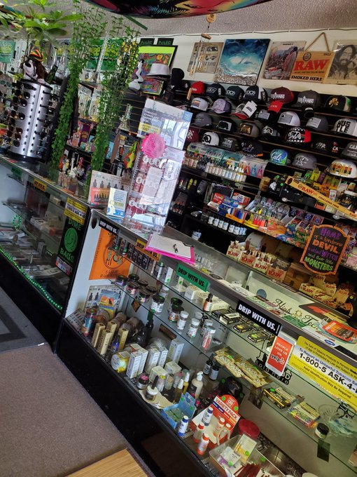 Stop in at Top Shelf Gift Shop and see for yourself why they're one of the best head shops in San Diego. Located in Escondido, CA.