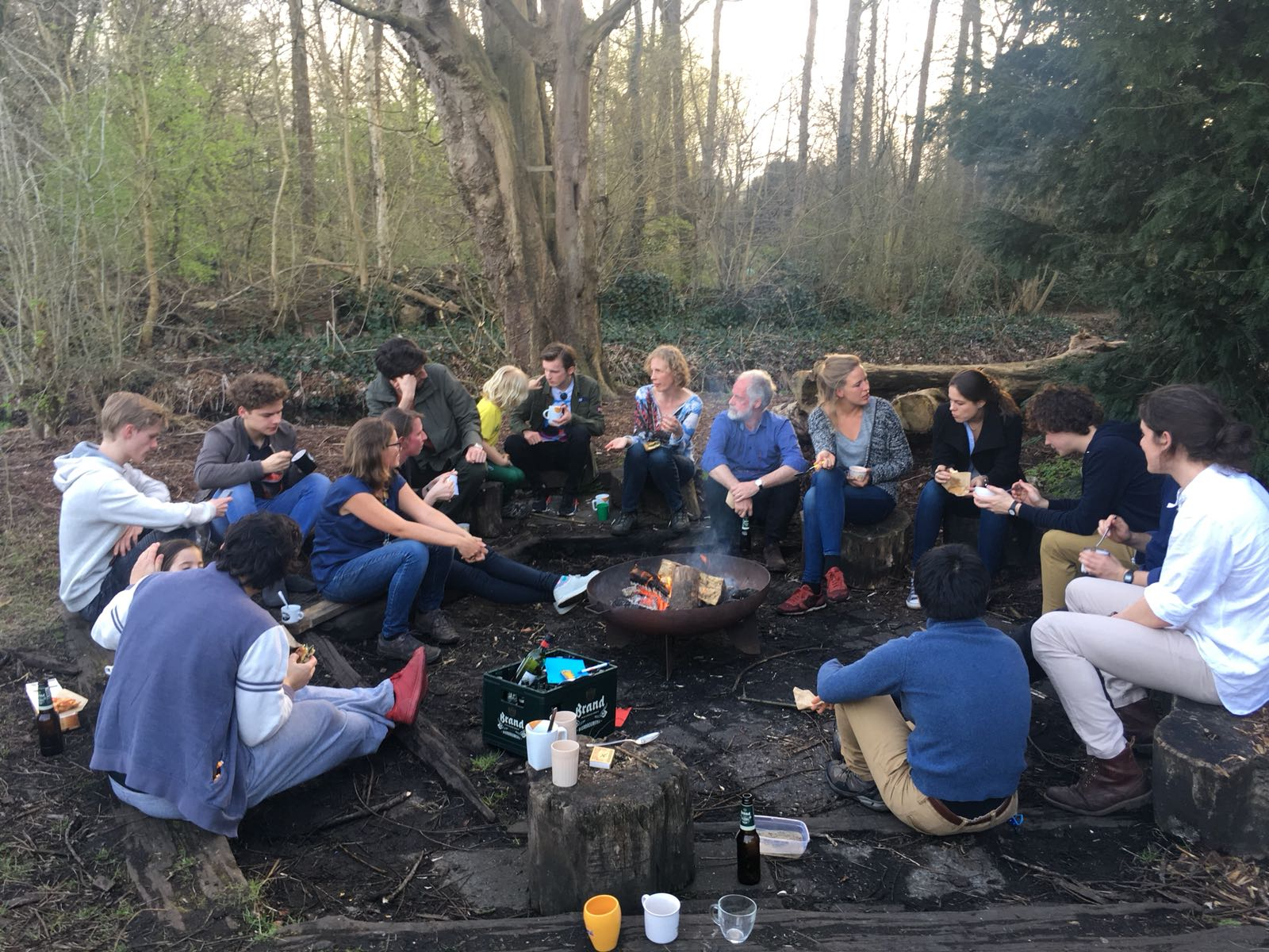 After playing games in the lovely weather, we gathered around the bonfire to eat dinner and sing songs.