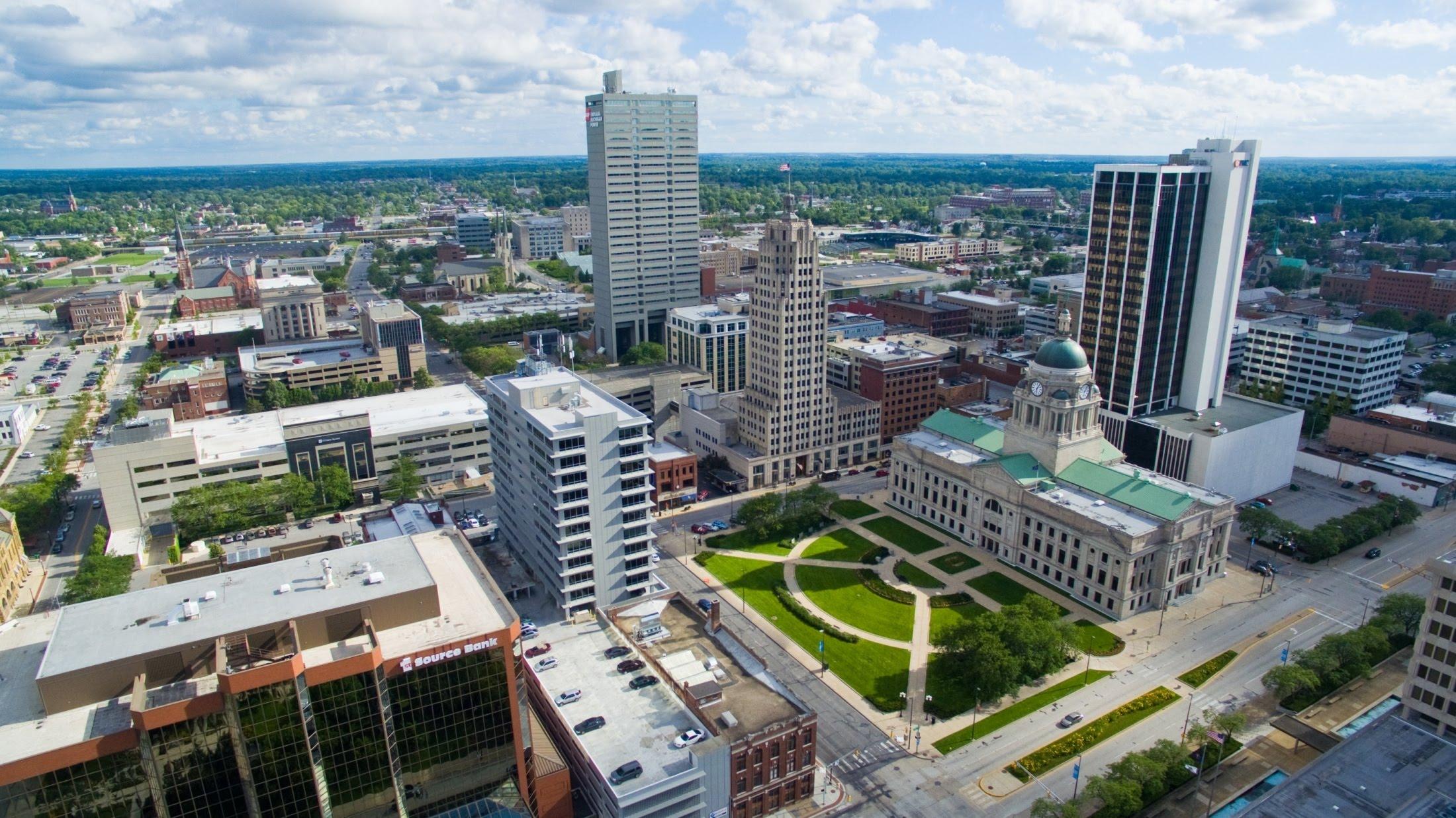 Fort Wayne, Indiana Aerial Shots of Iconic Locations ( via     Nicholas J Photography )