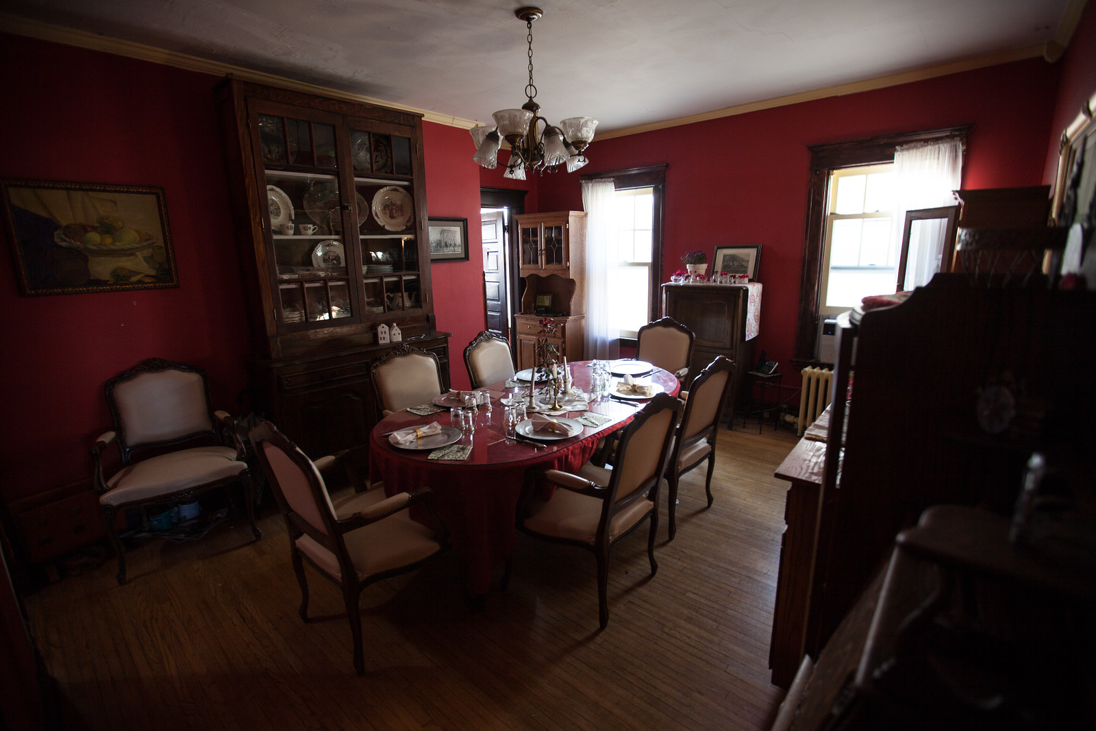 Dining room where guests can eat (Thomas Snook House)