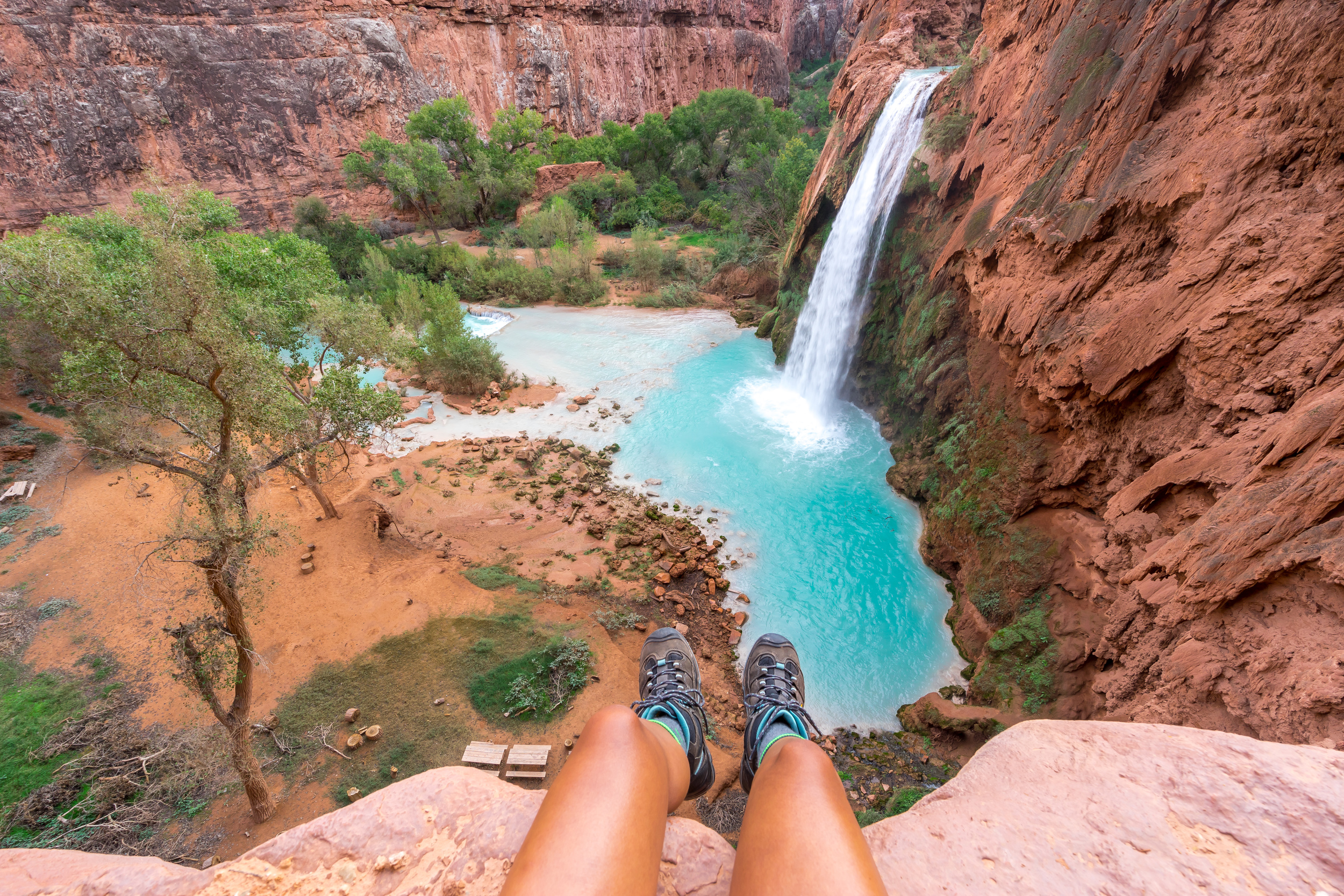 Havasu Falls is a sight for sore eyes after the 10 mile trek into the canyon. Take some time to rest your legs and admire the incredible contrast of the brilliant blue water and the stunning sandstone landscape.