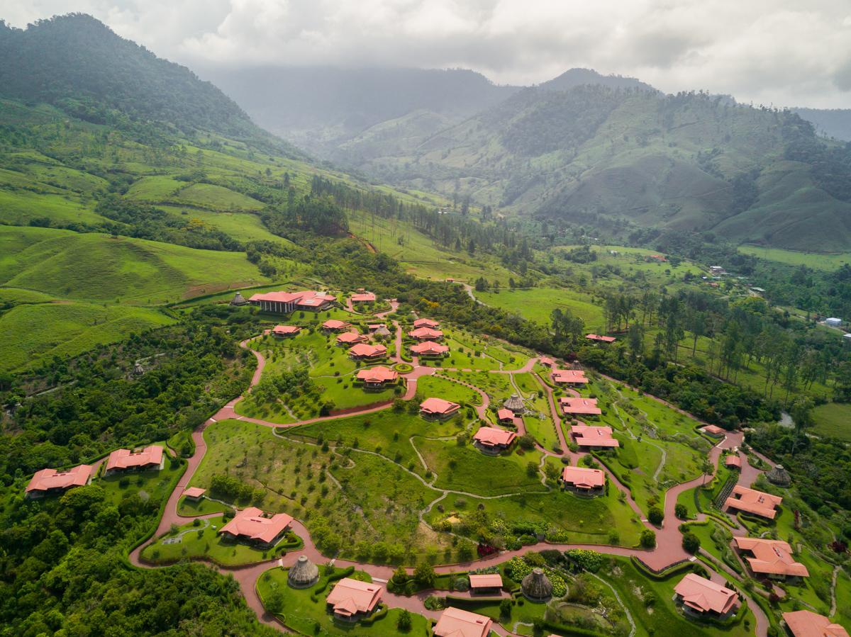 At Home in Paradise: Hacienda Altagracia
