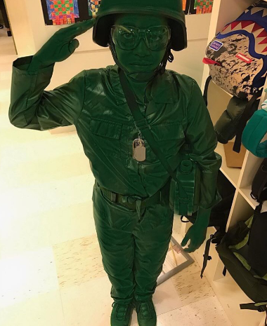 Lala and Carmelo Anthony's son Kiyan looks so cool as a toy soldier! What an awesome job!