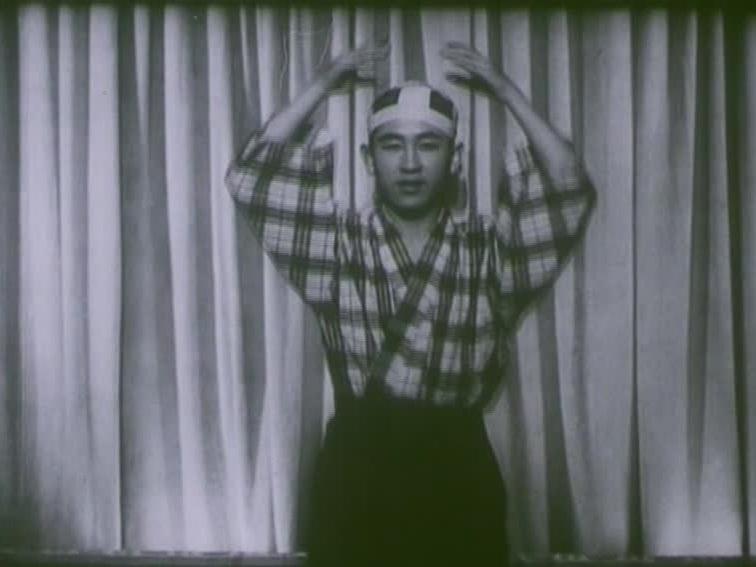V54+Recitalul+dansatorului+japonez+Masamy+Kuny+1943.jpg