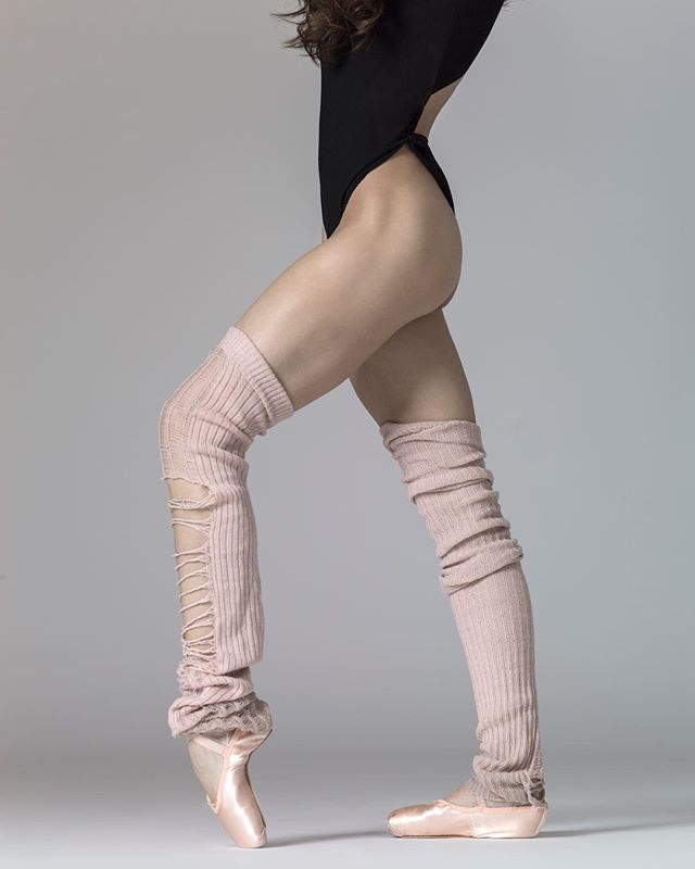 @laurenlovette #legs #legwarmers