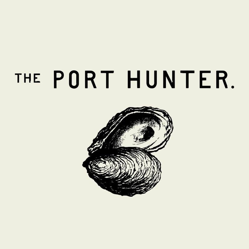 The Port Hunter Logo