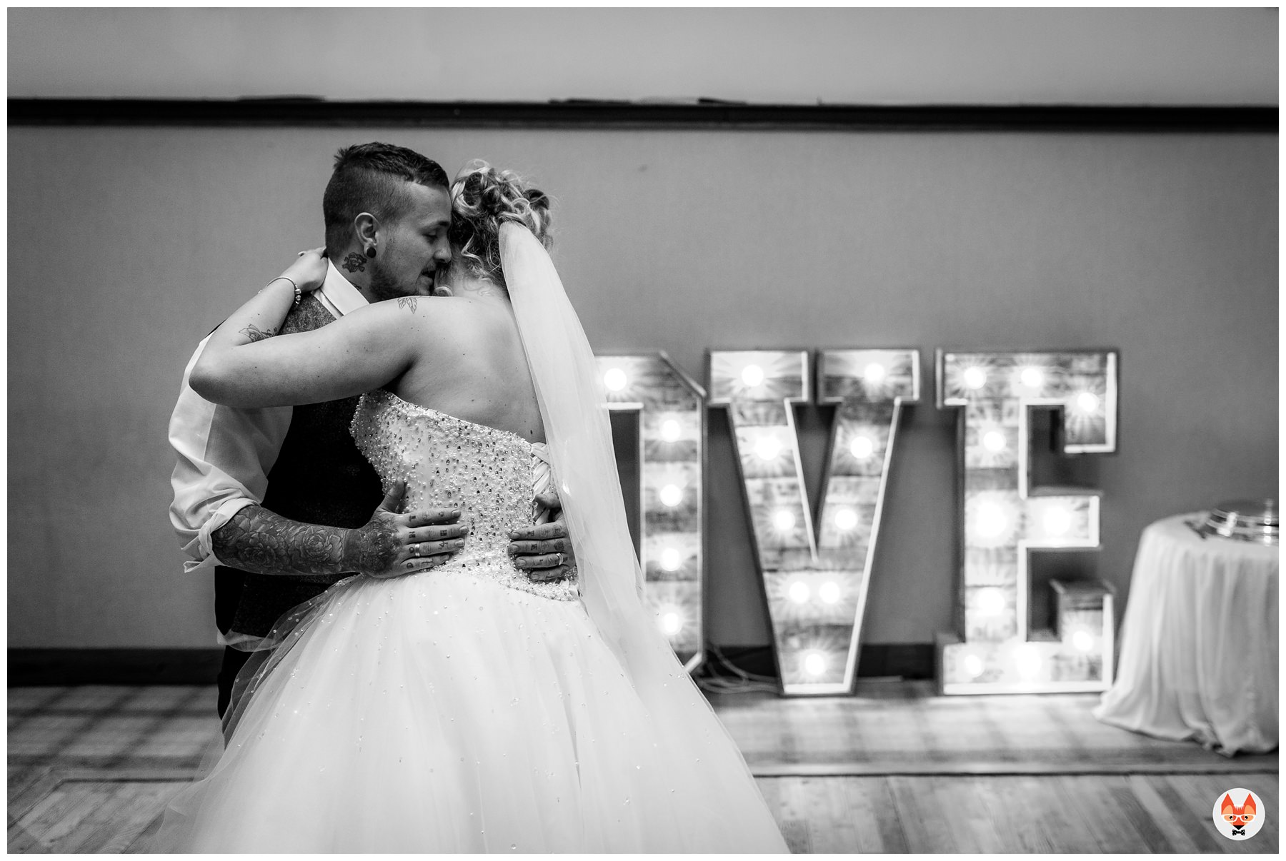bride and groom doing their first dance