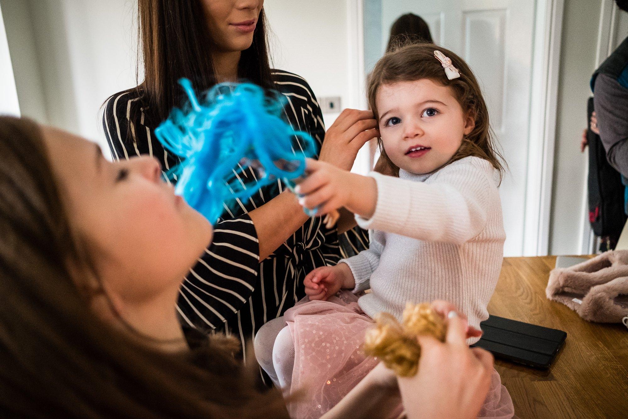 children before family shoot