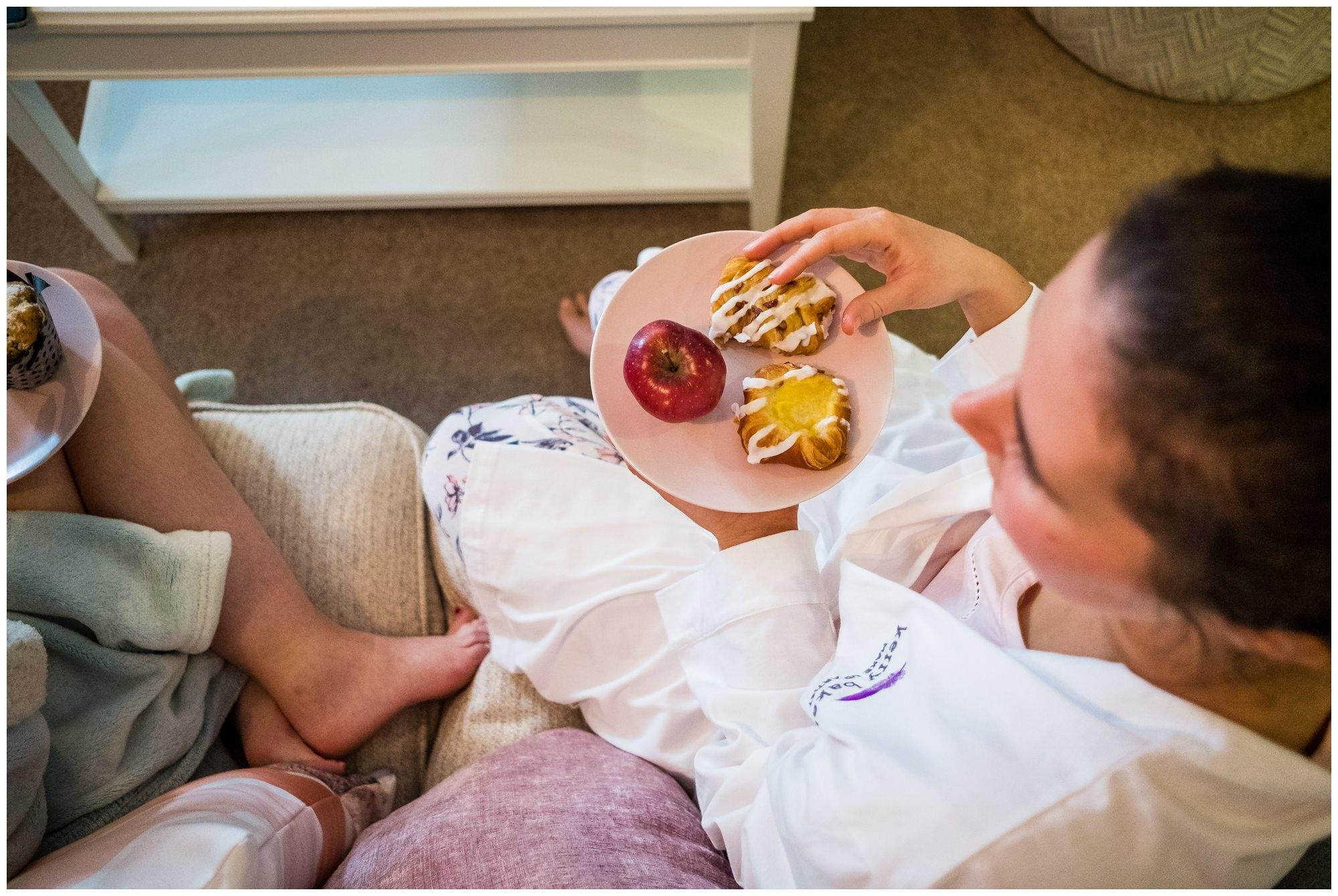 bridesmaids eating