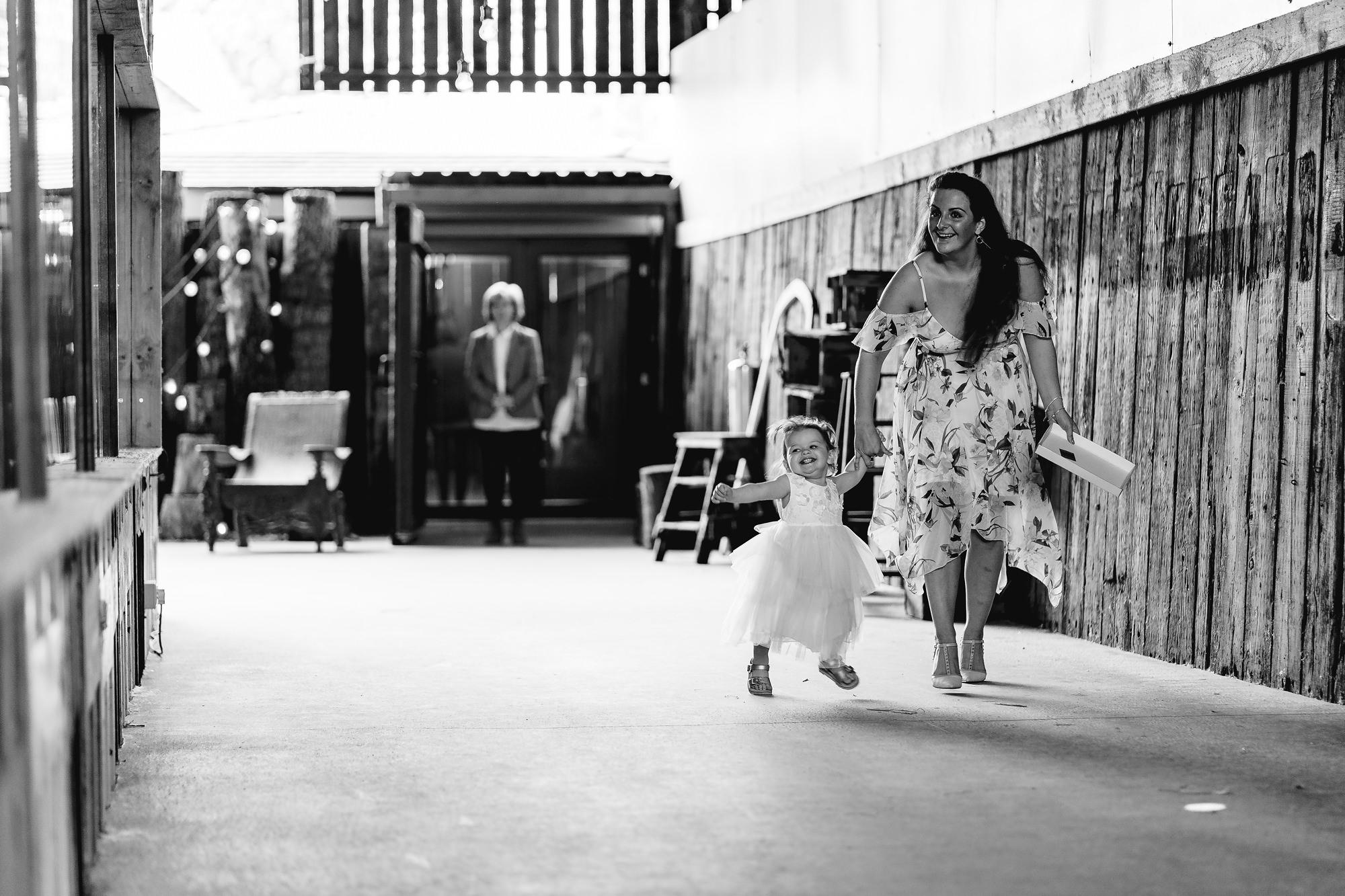 Owen-House-Wedding-Barn-Wedding-Photographer_0006.jpg