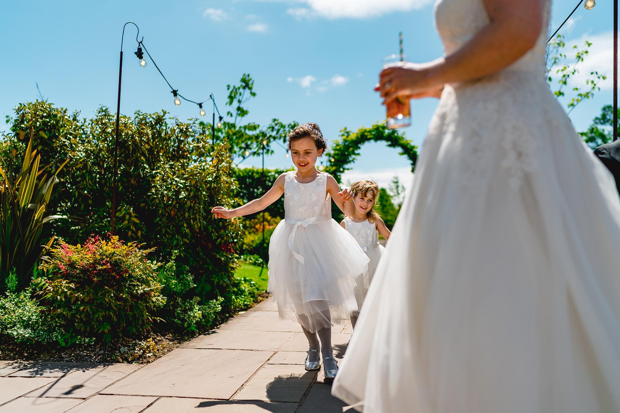 Owen-House-Wedding-Barn-Wedding-Photographer_0011.jpg