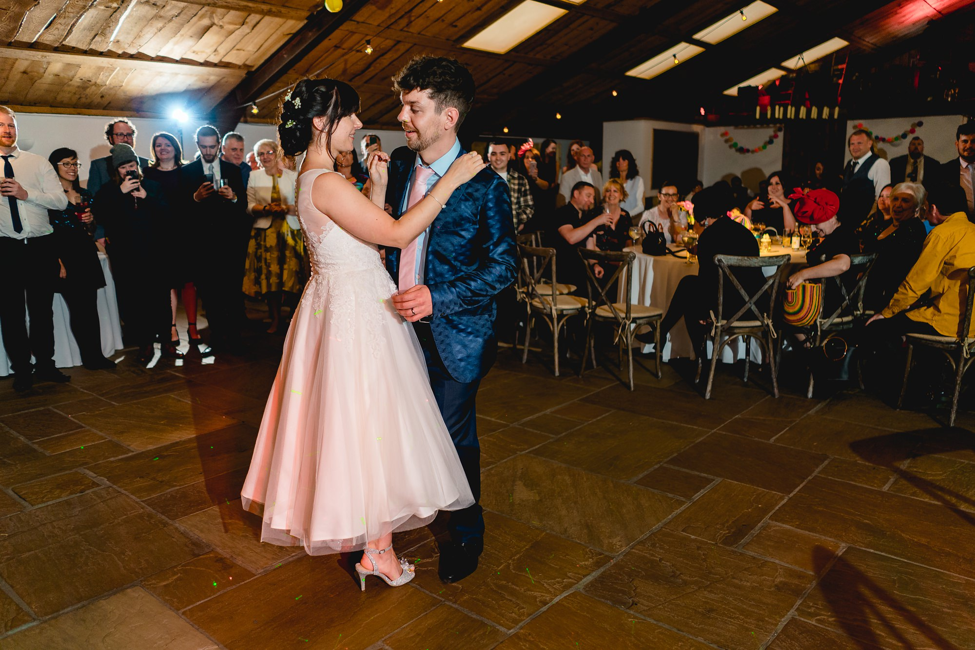 Owen-House-Wedding-Barn-Wedding-Photographer_0025.jpg