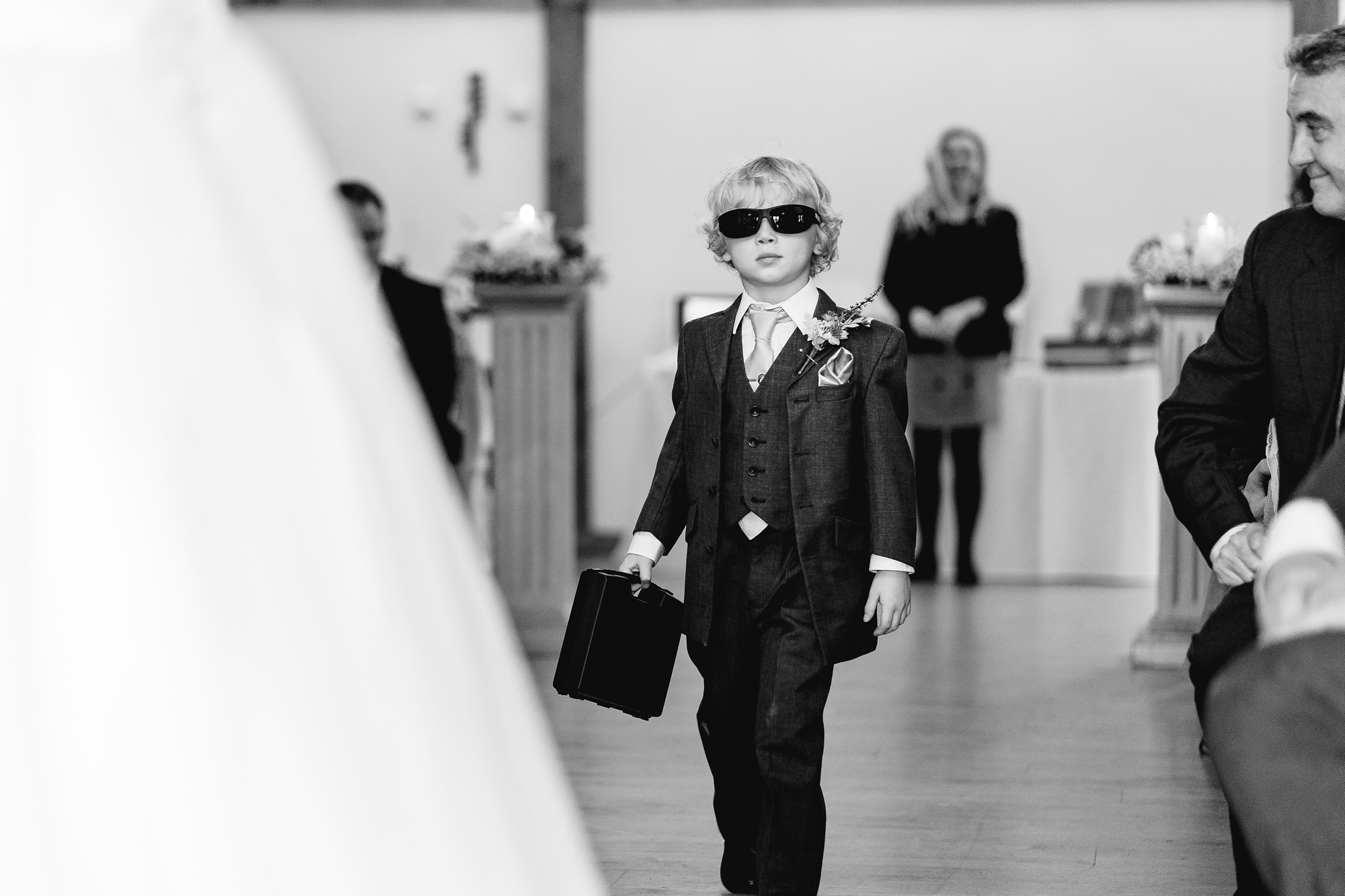 Sandhole-Oak-Barn-Wedding-Photographer_0010.jpg