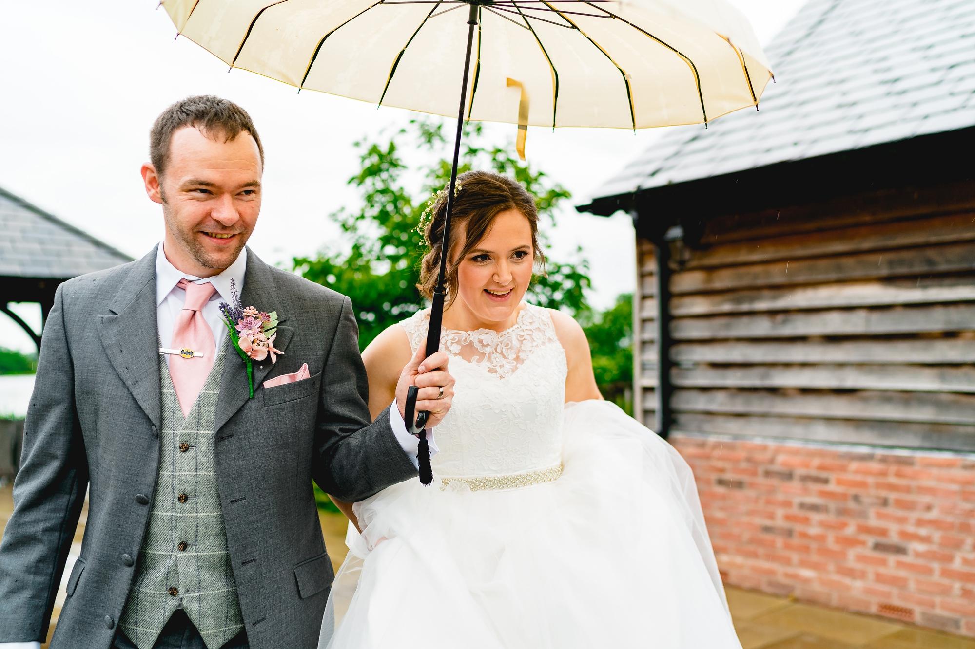 Sandhole-Oak-Barn-Wedding-Photographer_0025.jpg