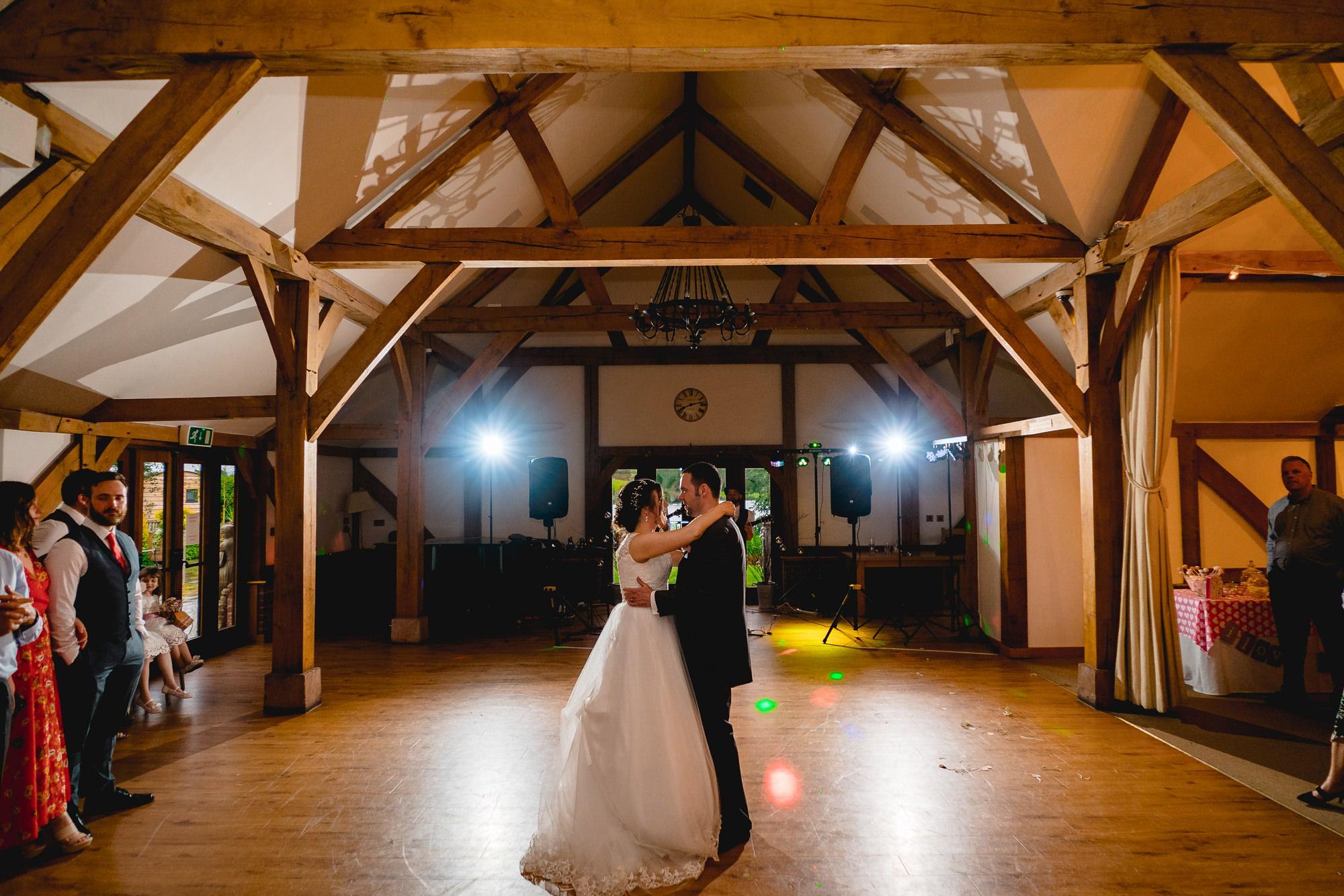 Sandhole-Oak-Barn-Wedding-Photographer_0028.jpg