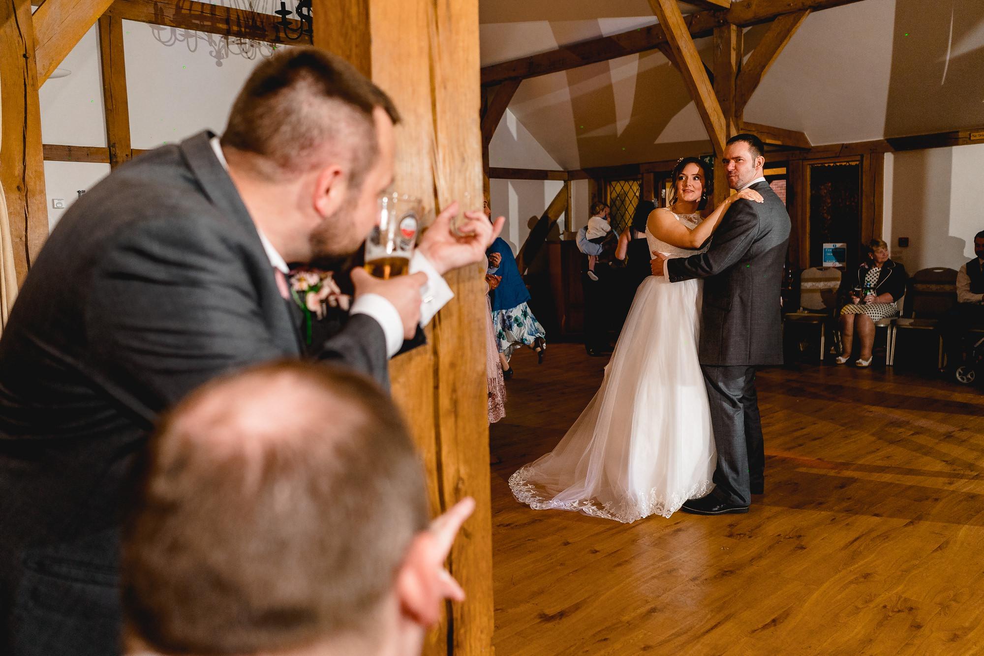 Sandhole-Oak-Barn-Wedding-Photographer_0031.jpg