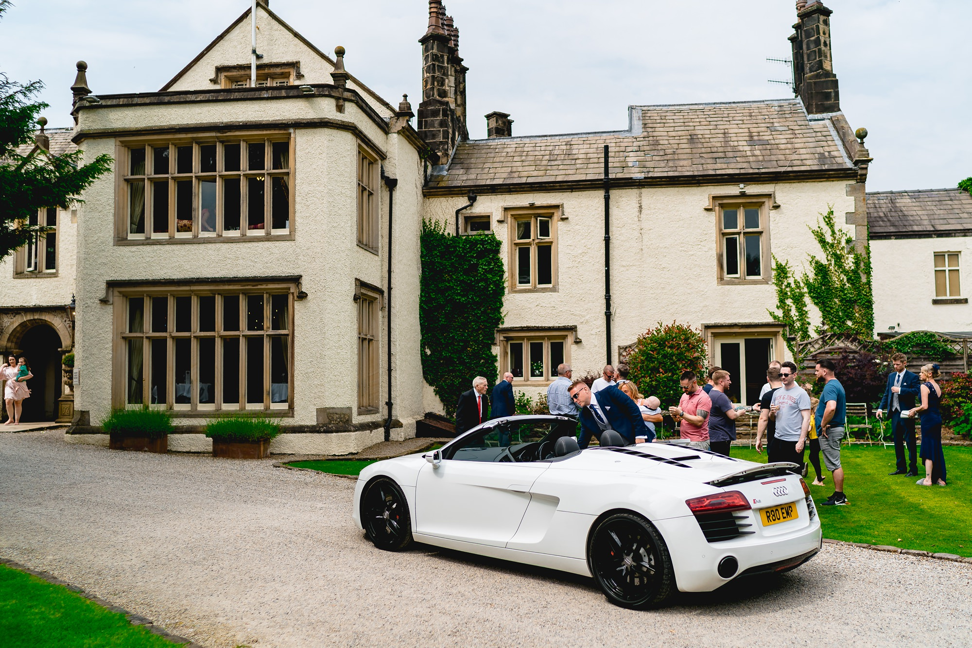 Mitton-Hall-Wedding-Photographer_0005-1.jpg