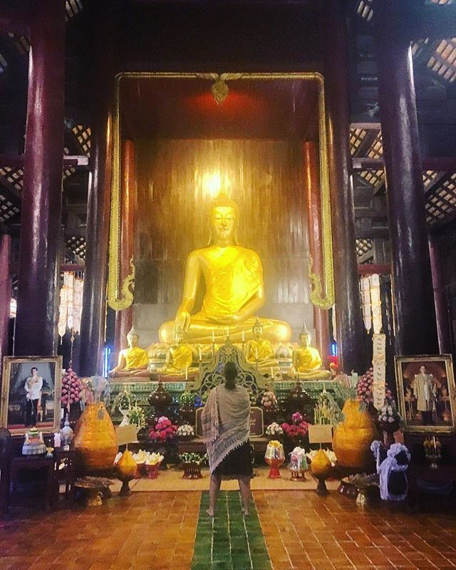 Thailand is the 4th Buddhist country that I visited this years and I never stopped learning about Buddhism beautiful philosophy - it's always about the other ☸️ #findinghappiness #buddhism