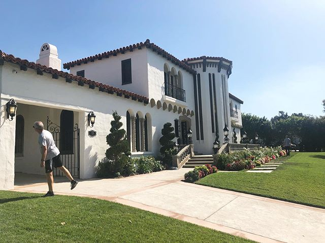 Took a tour of Clifford Reid's home that he built for himself in the 1920's, now listed for $11,995,000. A great piece of South Bay history. And more importantly, where my dad's high school graduation party took place. (Enjoy our Insta stories for his commentary, that's him snooping around on the left🤗).