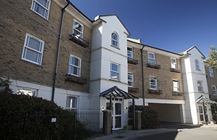Block of flats in Middlesex