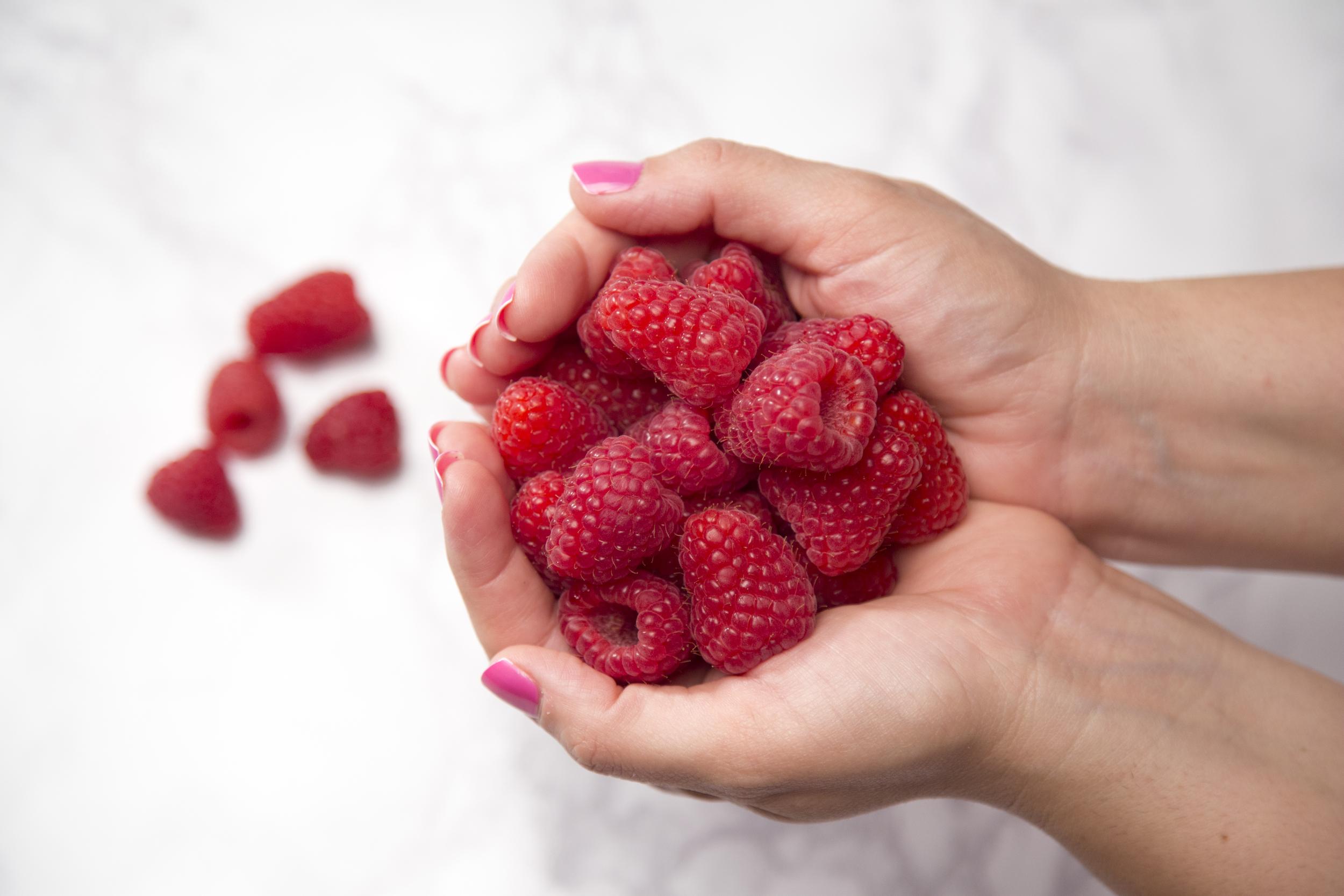 raspberrycakeraspberries.jpg