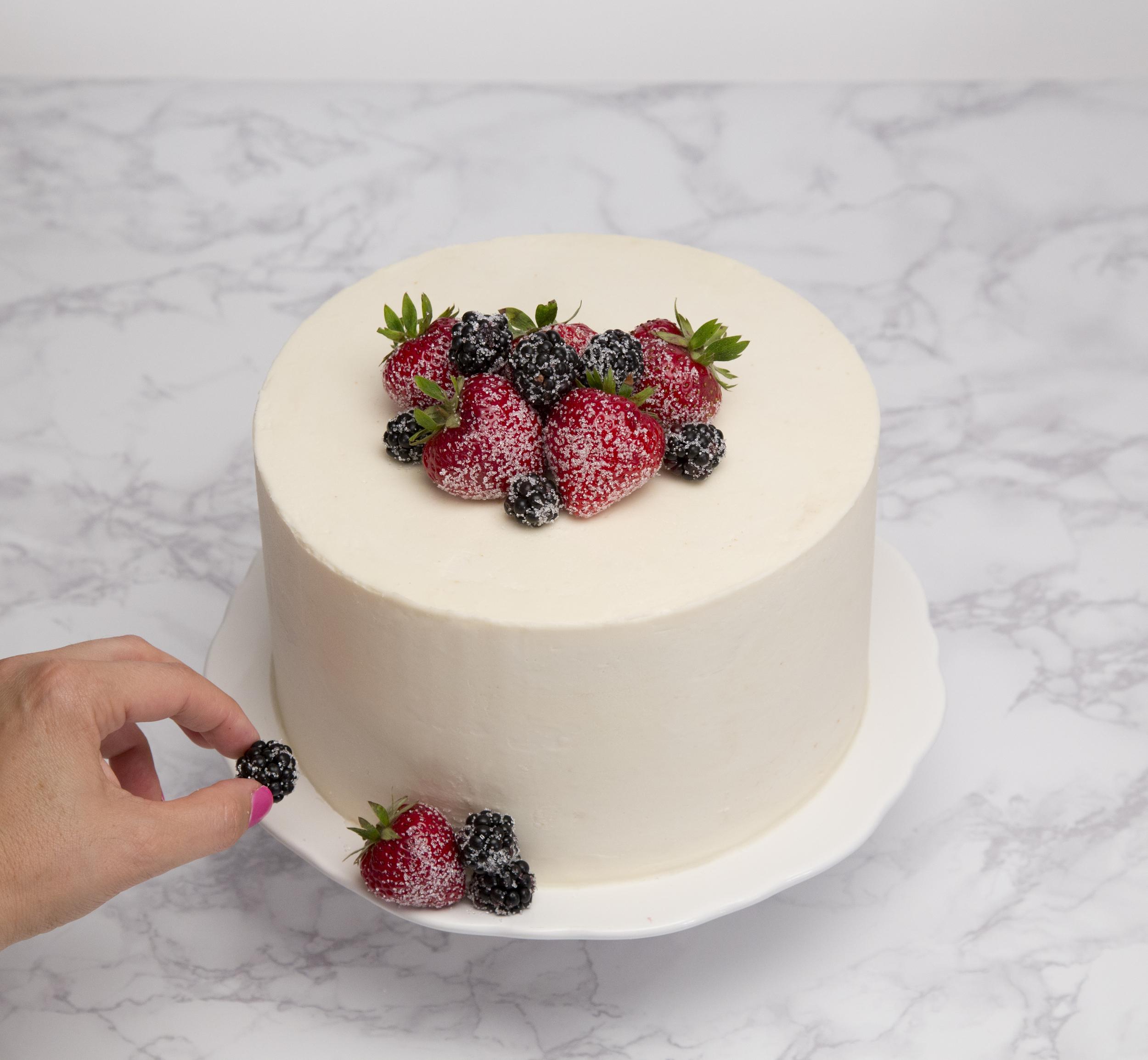 sugarberrycakehands.jpg
