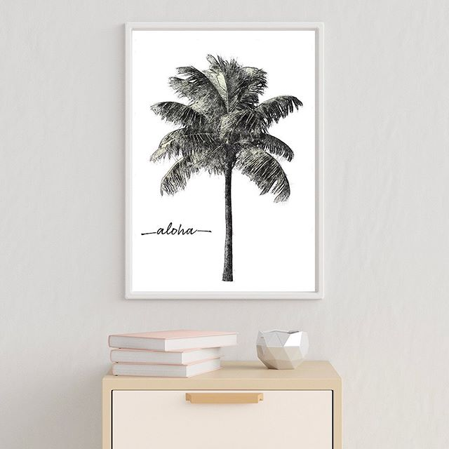 Sharing some aloha today! Christina's study of a palm tree that she created in preparation for a larger painting. Swipe for a closer look.  #aloha🌺 #hawaiiart #artprints #artcollector #palmtree #homedesignideas #interiordesigninspiration #artgallery #alohafriday #palmtrees🌴