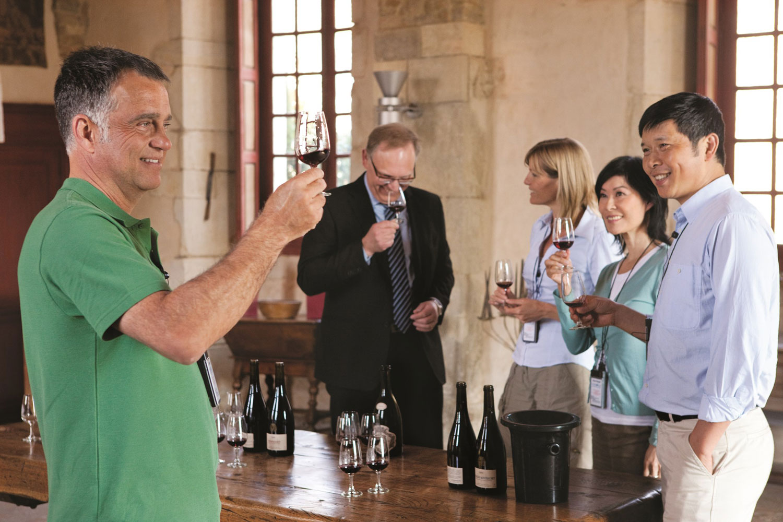 3-River-Cruise-Uniworld-Wine-Tasting-sm.jpg