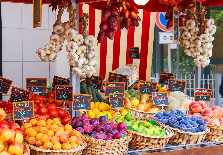 Italy-Market-sm.jpg