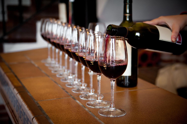 Wine-tasting-sm.jpg