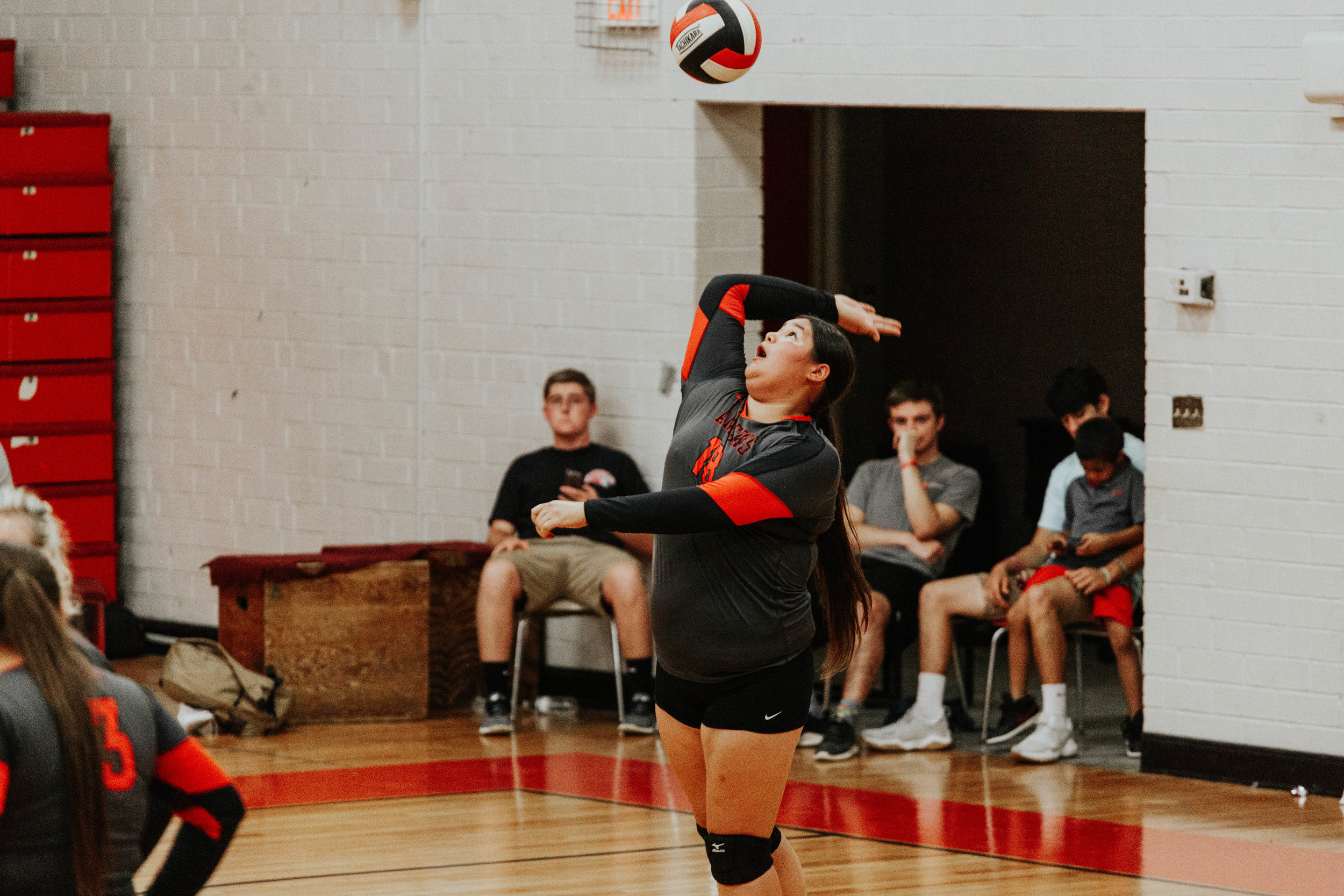 Senior Volleyball_4895.jpg