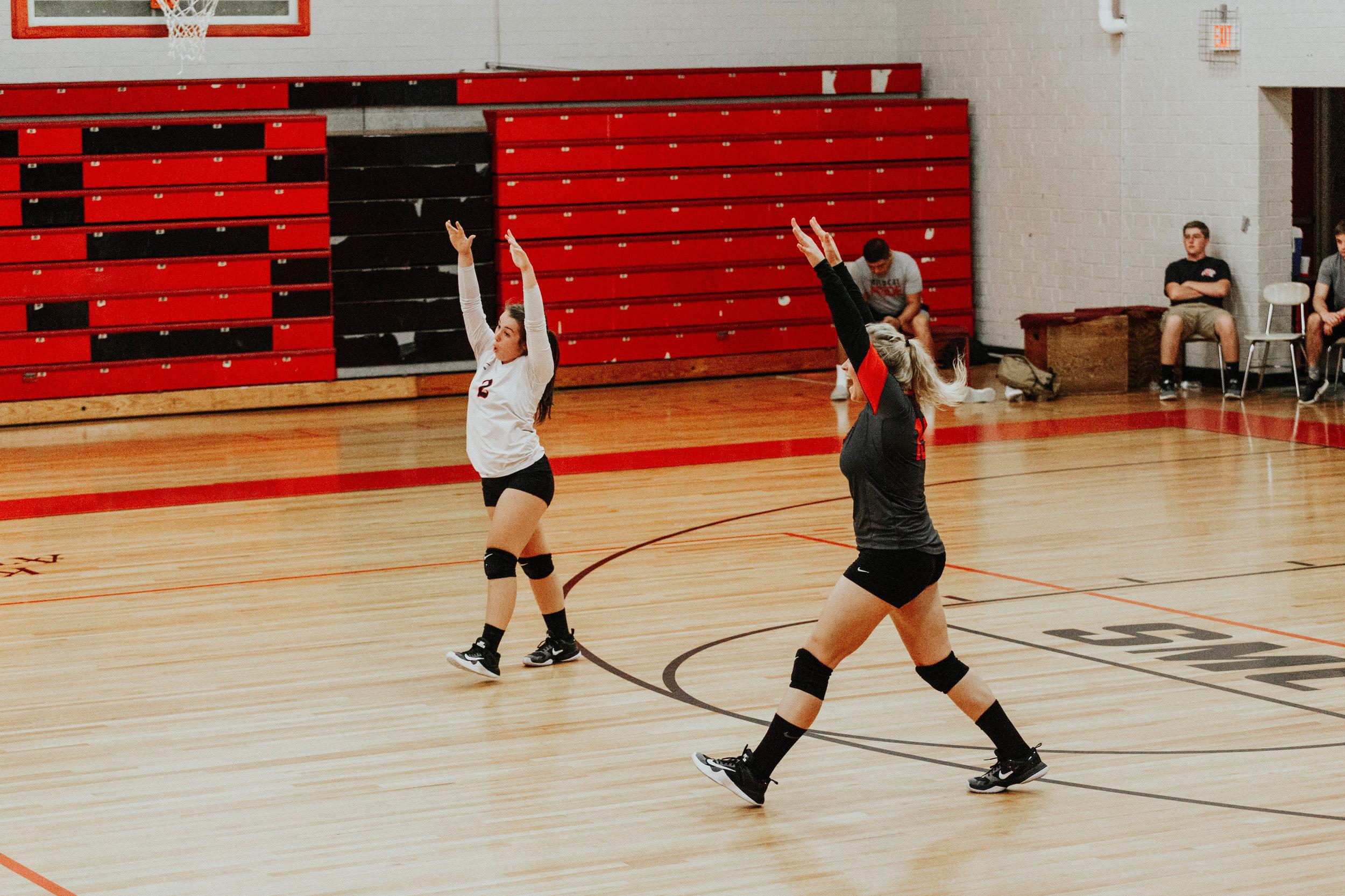 Senior Volleyball_4906.jpg