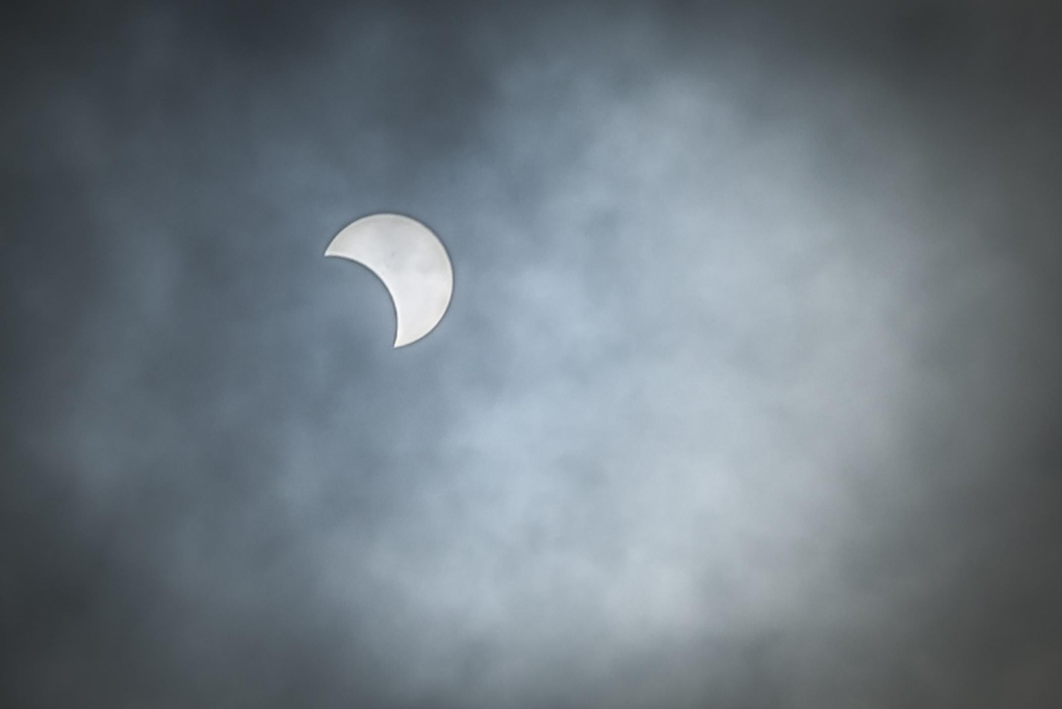 eclipse1c.jpg