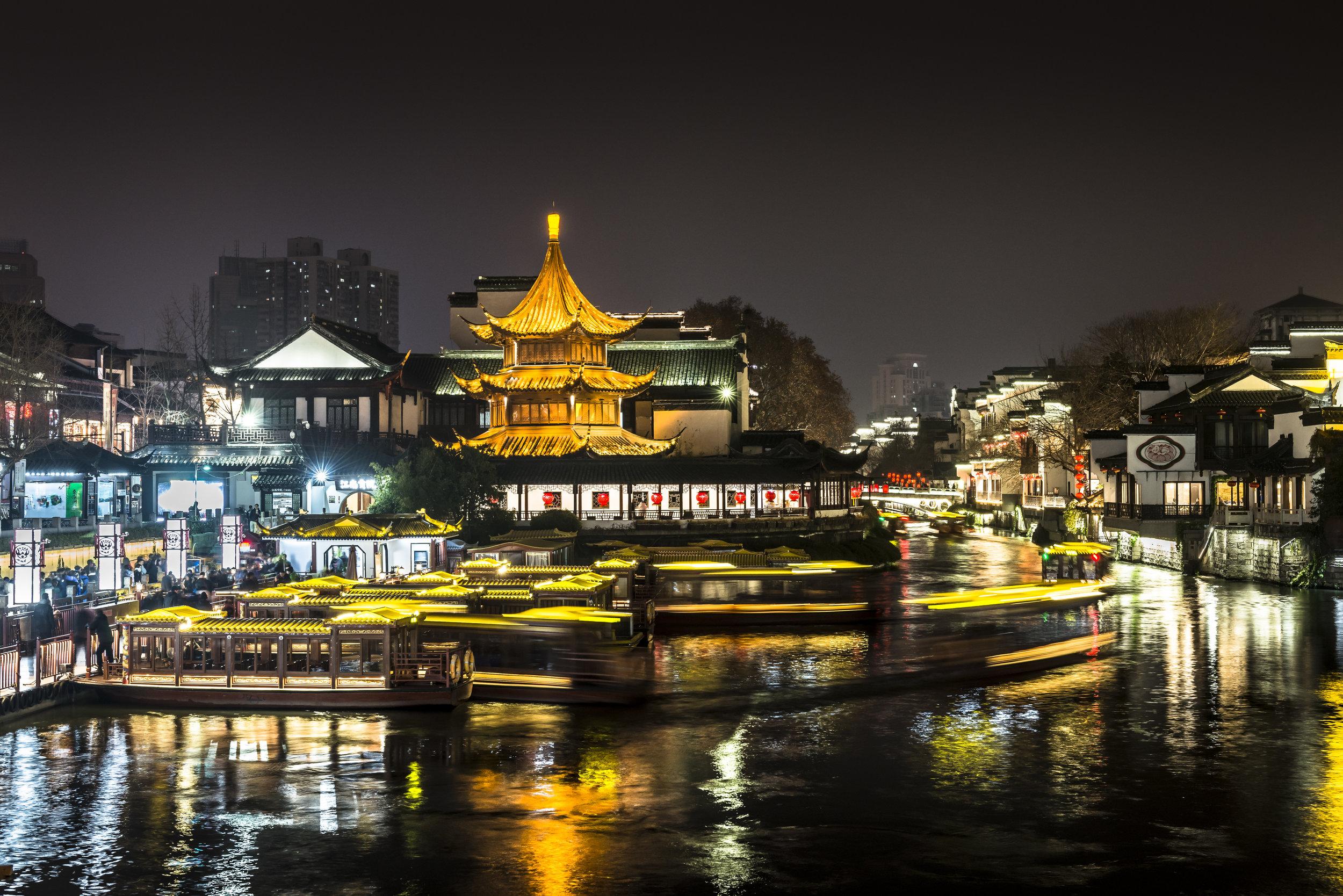 tourboats.jpg